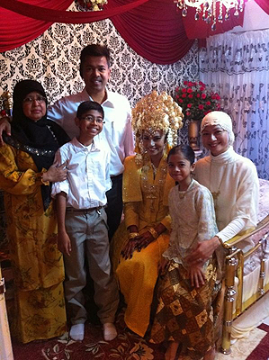 Family picture with Nurul Huda